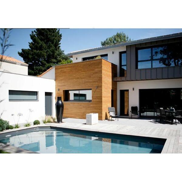 piscine classique avec escalier d angle