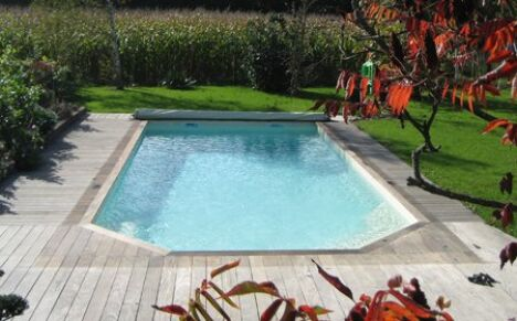 Piscine coque polyester Carneol