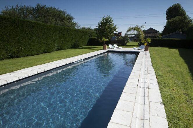 Unjourunepiscine mars 2017 piscine couloir de nage for Piscine couloir de nage