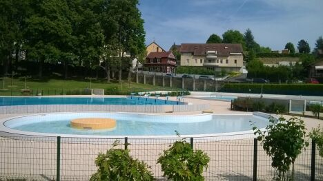 """La piscine d'Altkirch, ouverte pendant tout l'été<span class=""""normal italic petit"""">DR</span>"""