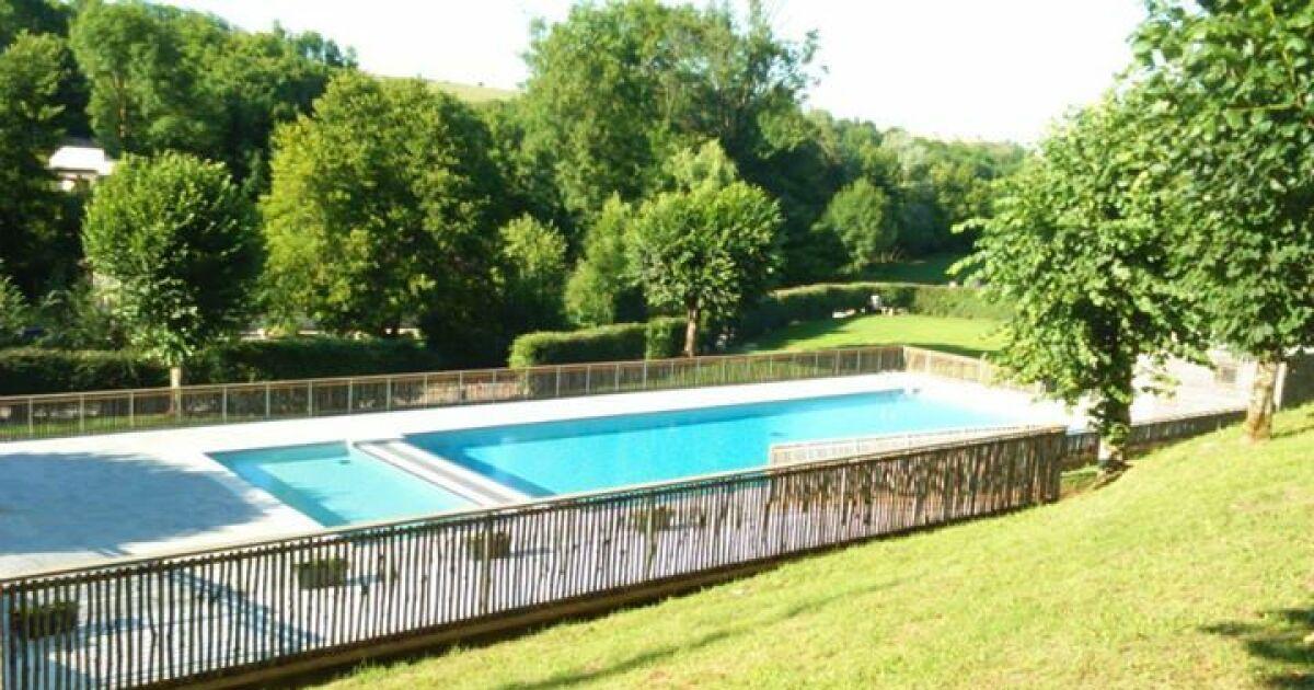 Avis et commentaires piscine d azerat for Avis sur piscine waterair