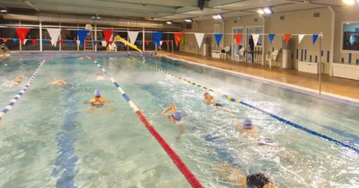 Piscine ecully horaires tarifs et t l phone for Piscine thouars horaires