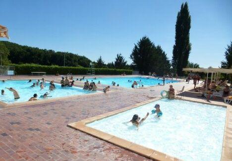 Piscine d'été à Allassac
