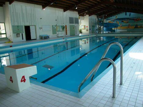 """Piscine de Brétigny-sur-Orge : le bassin de natation<span class=""""normal italic petit"""">© Communauté d'agglomération du Val d'Orge</span>"""