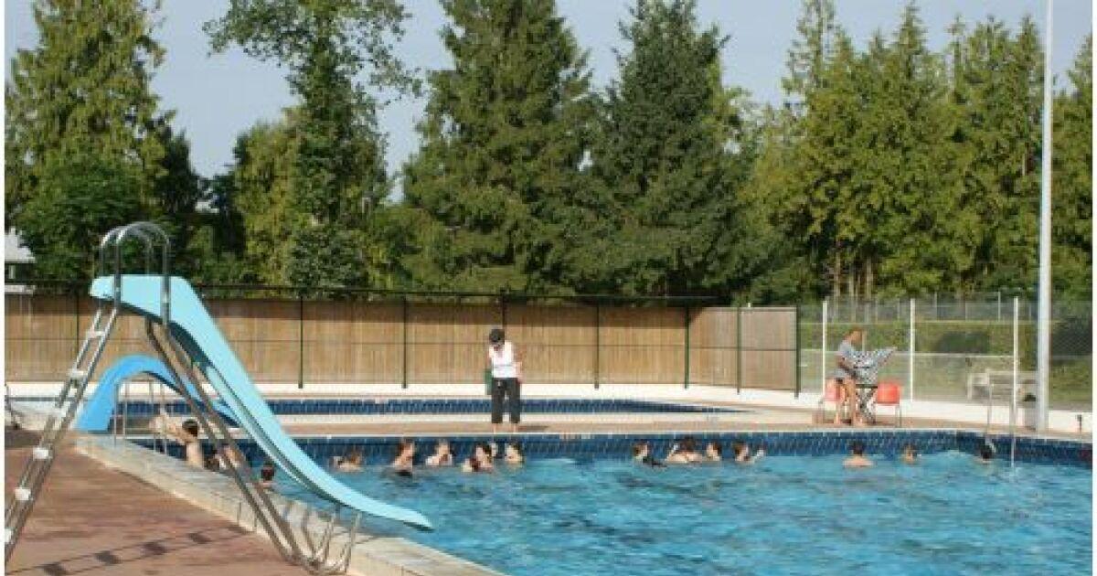 Avis et commentaires piscine de coulonges sur l 39 autize for Avis sur piscine waterair