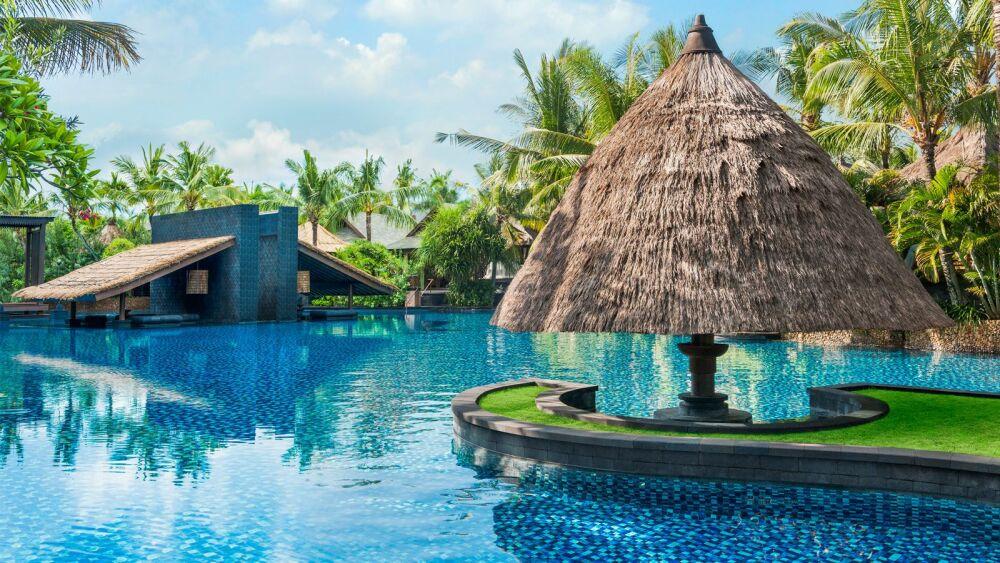 Piscine de Hôtel St Regis Bali Resort© St Regis Bali Resort