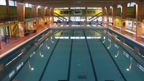 Piscine de joeuf horaires tarifs et t l phone for Club piscine pompaples horaire