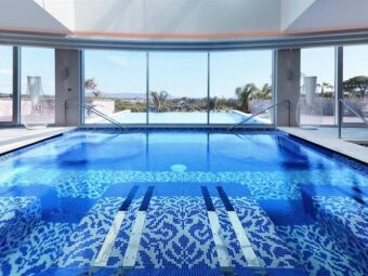 10 plus belles piscines à débordement du monde