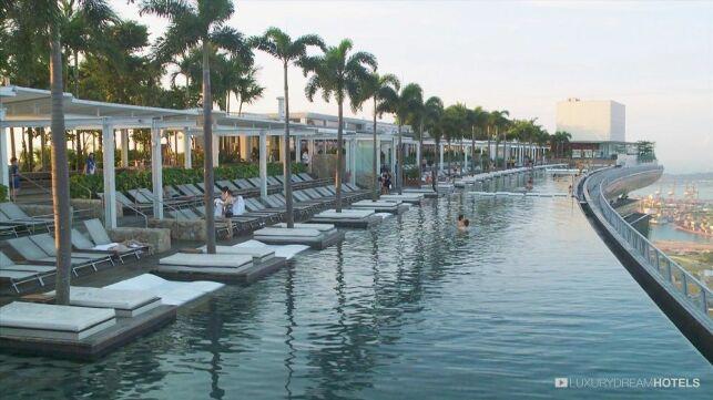 Piscine de l'Hôtel Marina Bay Sands à Singapour