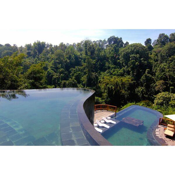 10 plus belles piscines d bordement du monde. Black Bedroom Furniture Sets. Home Design Ideas