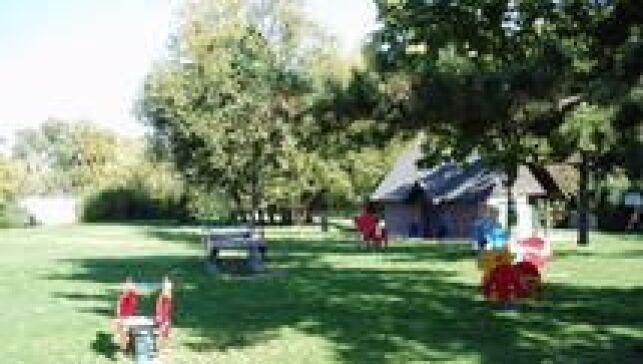 L'aire de jeux pour les enfants à la piscine de la Grenouillère à Antony