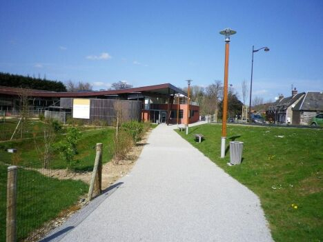 """Piscine de la Vallée à Cany Barville (bâtiment)<span class=""""normal italic petit"""">DR</span>"""