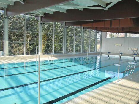 "Bassin de la piscine de la Vallée<span class=""normal italic petit"">DR</span>"