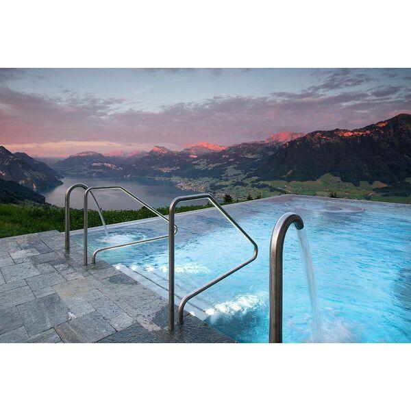 Top 10 des piscines les plus impressionnantes du monde for Piscine en suisse