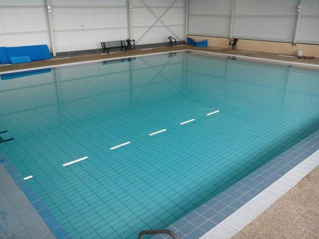 La bassin d'apprentissage de la piscine de Lavit de Lomagne