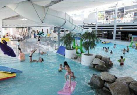 """Piscine Aquarive à Quimper : un espace de loisir pour toute la famille.<span class=""""normal italic petit"""">DR</span>"""
