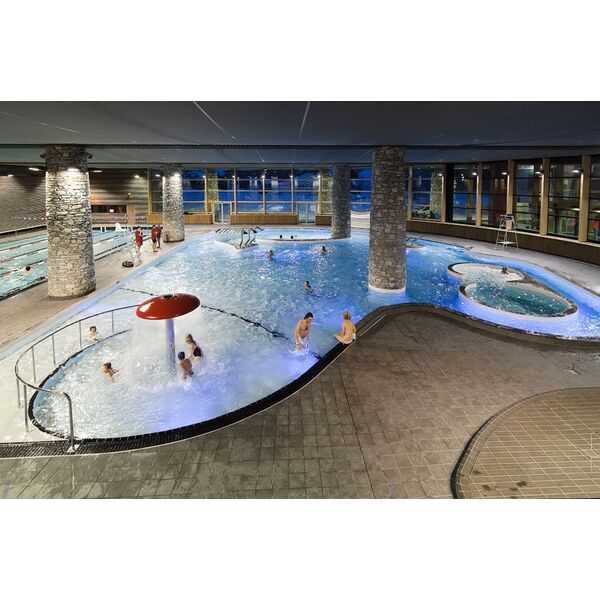 Centre aquasportif piscine de val d 39 is re horaires for Piscine val d europe