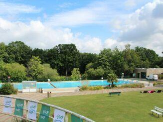 La piscine découverte à Pontivy