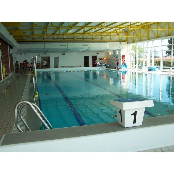 Piscine des chirons olonne sur mer horaires tarifs et for Piscine cours de natation
