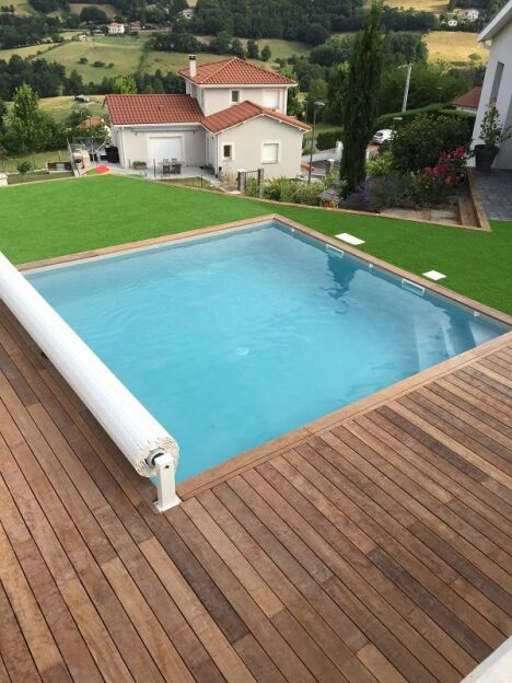Piscine discount firminy pisciniste loire 42 for Piscine 42
