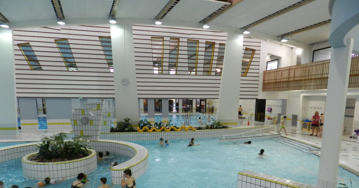Avis et commentaires piscine du bocage vitr for Avis sur piscine waterair