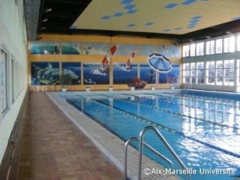 Piscine du centre sportif universitaire à Aix en Provence