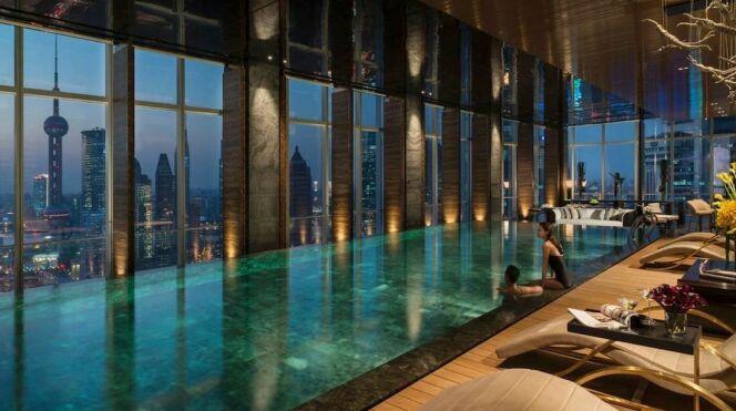 Piscine du Four Seasons Hôtel à Shanghai