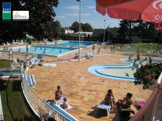 La piscine d'été à Olivet