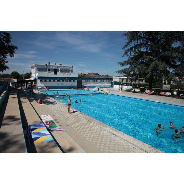 Piscine du rhodia club salaise sur sanne horaires for Club piscine pompaples horaire