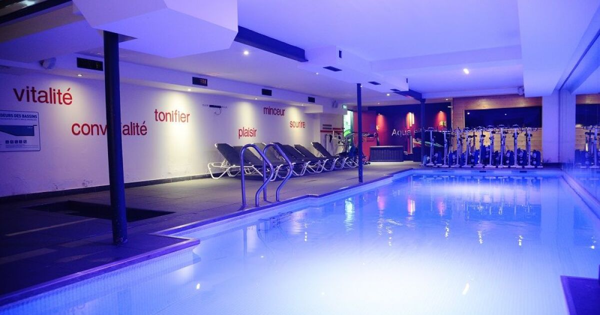 Salle de fitness wellness sport club tassin la demi lune for Club piscine lasalle