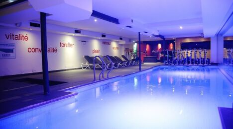 Salle de fitness wellness sport club tassin la demi lune for Club piscine pompaples horaire