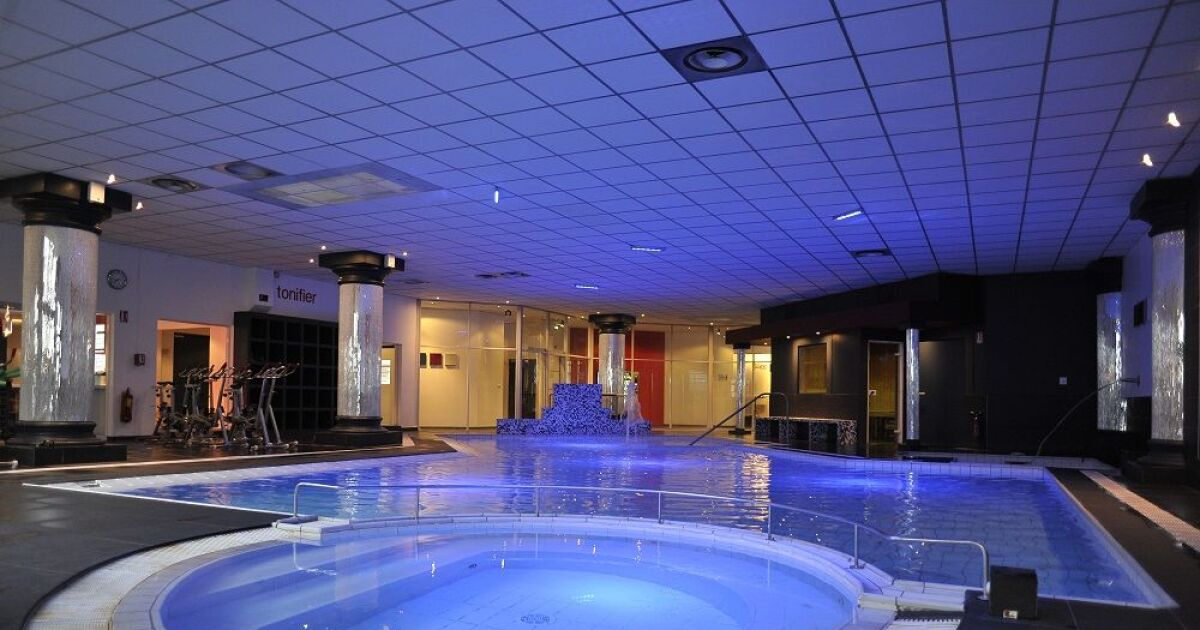 Salle de fitness wellness sport club villeurbanne for Club piscine fitness montreal