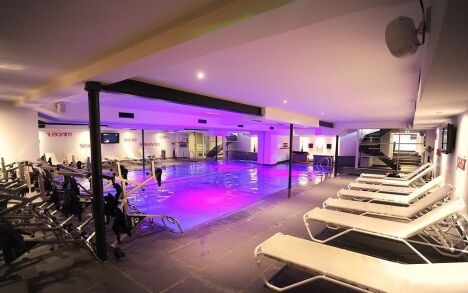 "Piscine du Wellness Sport Club, salle de fitness à Tassin La Demi Lune<span class=""normal italic petit"">DR</span>"