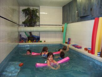 Les séances pour les enfants à la piscine Saint Gauderique à Perpignan