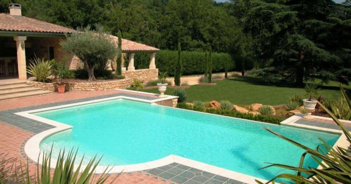 Construire une piscine en b ton les diff rentes techniques for Guide construction piscine