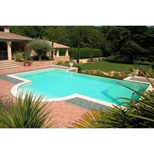 construire une piscine en b ton les diff rentes techniques. Black Bedroom Furniture Sets. Home Design Ideas