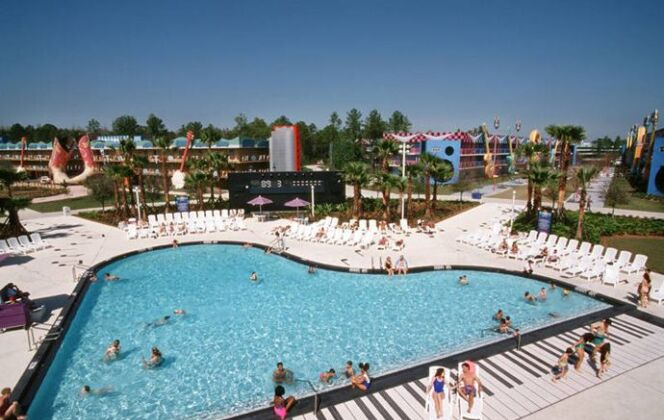 Piscine en forme de piano au Disney All-Stars Music Resort, Floride © Disney All-Stars Music Resort, Floride