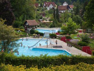 Piscine Erlebnisbad à Sasbachwalden