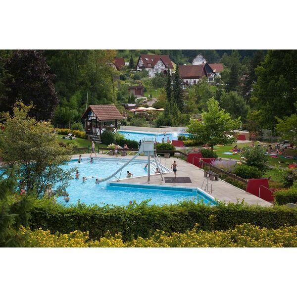 Piscine erlebnisbad sasbachwalden horaires tarifs et for Auenheim piscine