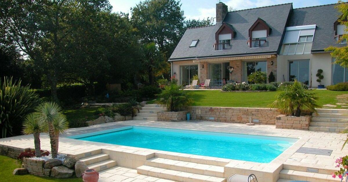 Acheter une piscine pour valoriser son patrimoine immobilier for Acheter une piscine