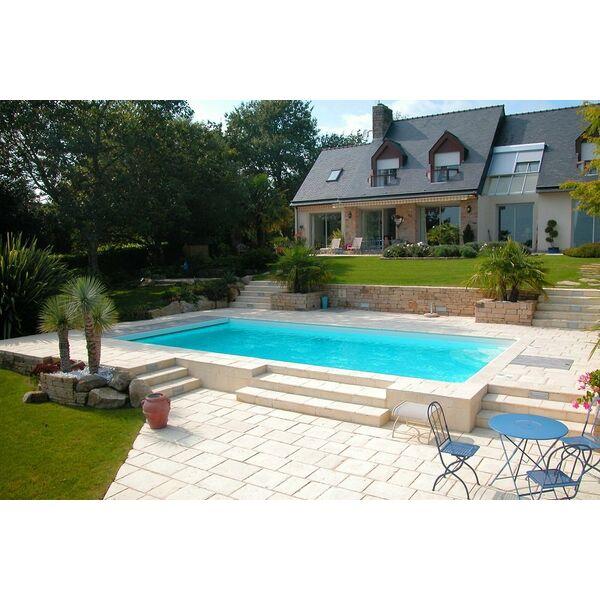 acheter une piscine pour valoriser son patrimoine immobilier. Black Bedroom Furniture Sets. Home Design Ideas