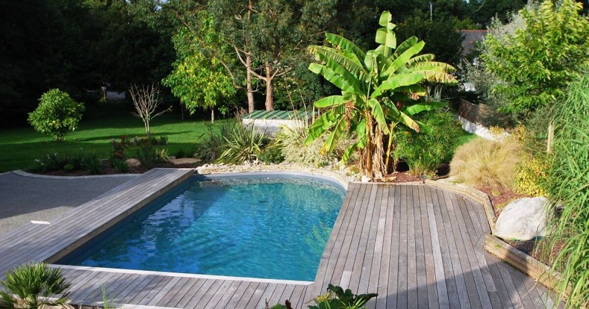 Unjourunepiscine mars 2017 piscine et plage de for Piscine 27