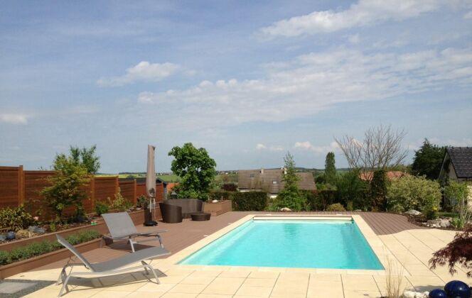 Modèle de piscine Evol.10.5 © Piscines Groupe G.A