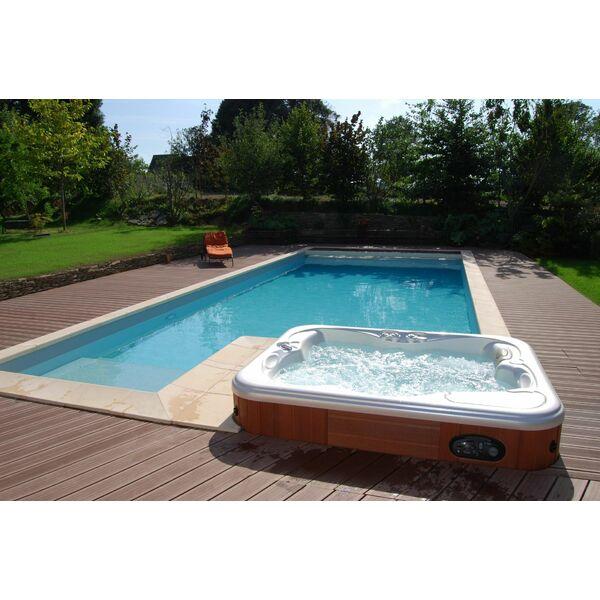 Piscines bien tre par l 39 esprit piscine for Piscine bien etre