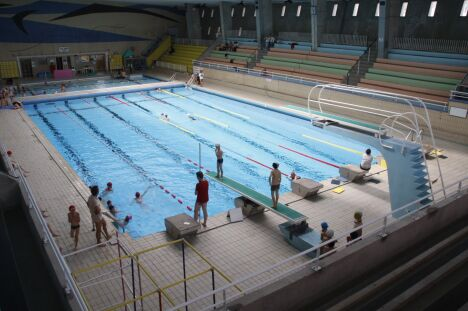 """Les plongeoirs de la piscine Foch à Brest<span class=""""normal italic petit"""">DR</span>"""