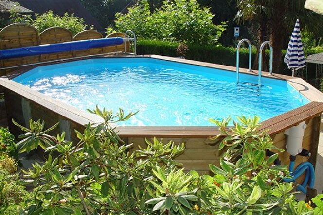 photos des plus belles piscines hors sol en bois piscine hors sol en bois cerland weva. Black Bedroom Furniture Sets. Home Design Ideas
