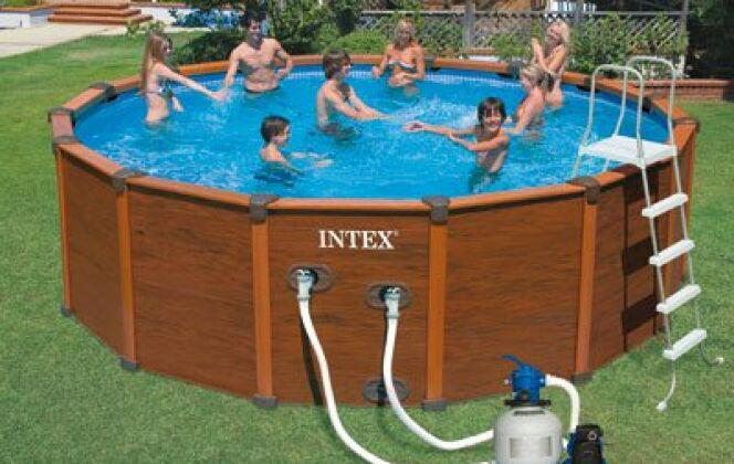 Piscine hors-sol Sequoia Spirit aspect bois © Intex