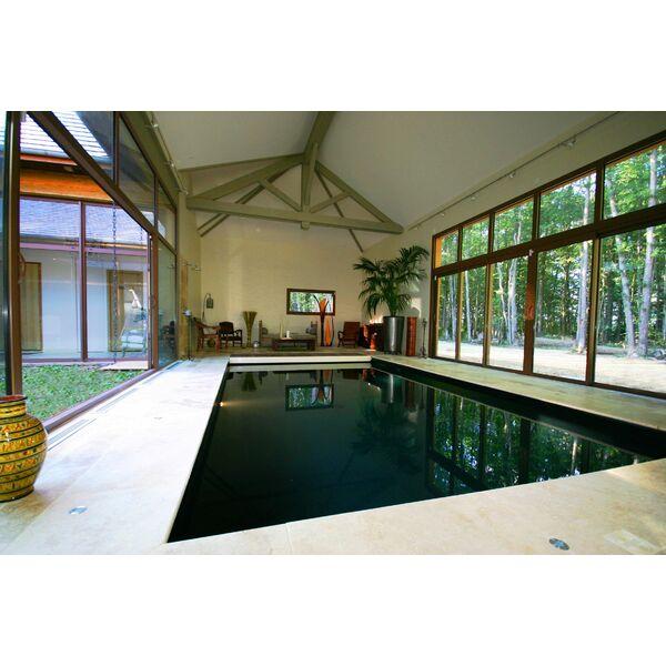 La piscine int rieure par l 39 esprit piscine for Piscine liner noir