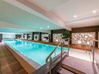 Piscine intérieure couloir de nage Diffazur Piscines