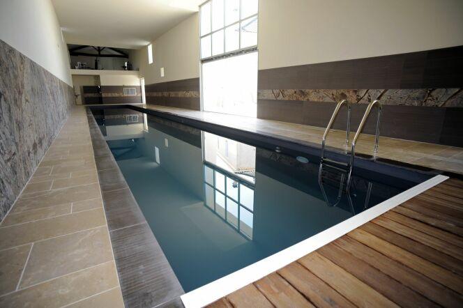 photos des plus belles piscines int rieures pour nager toute l 39 ann e piscine int rieure. Black Bedroom Furniture Sets. Home Design Ideas